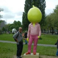 Ko?an Jeff Baysa visits ART ZUID 2013 (Sculpture Erwin Wurm, Big Pumpkin, 2009) © Ko?an Jeff Baysa
